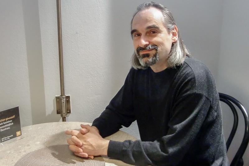 Geschichtenerzähler Reinhard Likar im Interview
