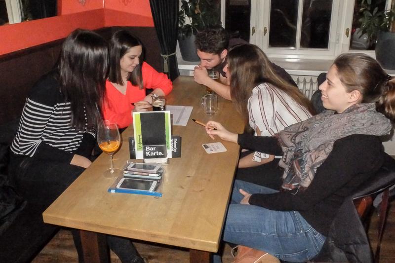 Die StV Kommunikationswissenschaft organisiert jedes Semester viele tolle Veranstaltungen, so auch das Pub Quiz!