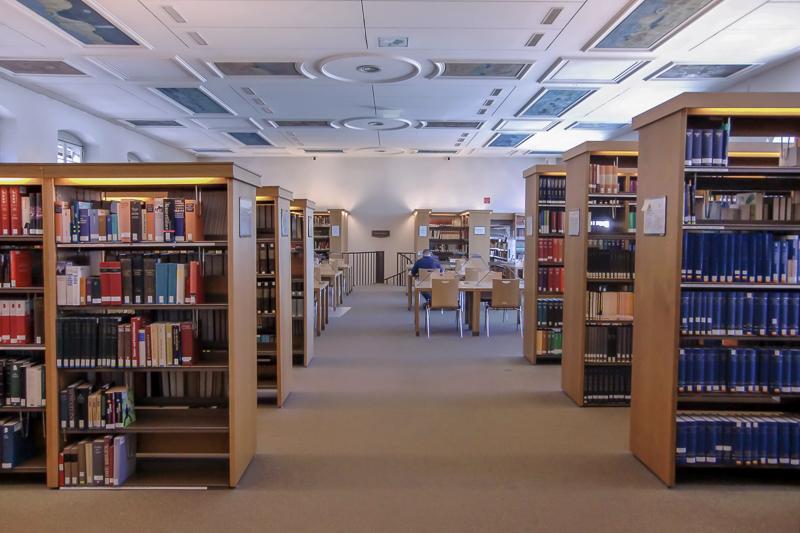 Lernplätze Bibliothek Lesesaal