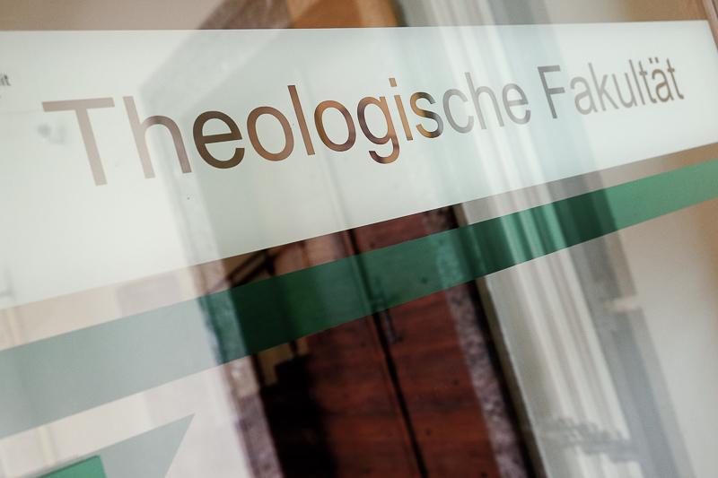 Fachbereich Theologie