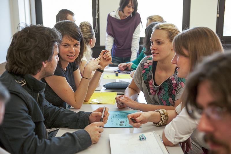 Studierende im Sprachenzentrum
